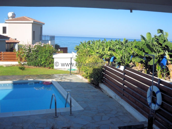 Holiday villa 100 meters from the coast of Paphos