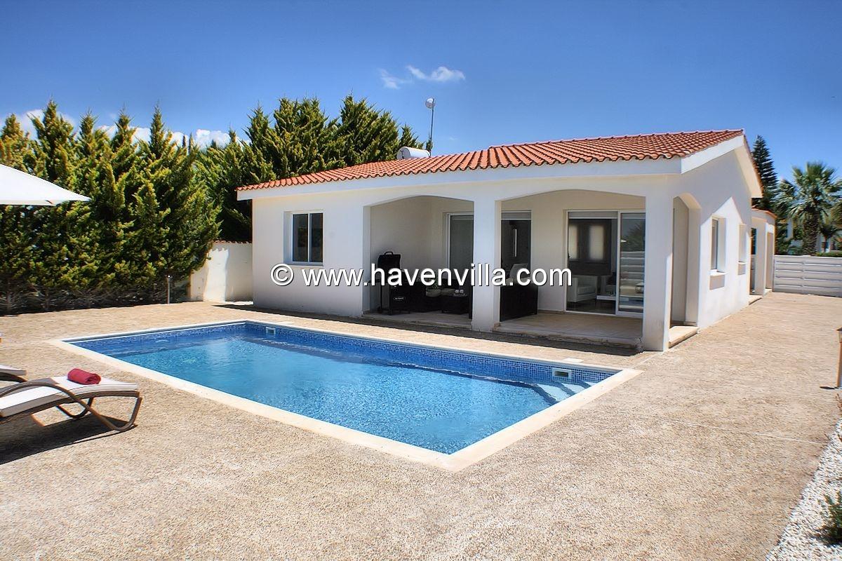 Holiday villa Coral Bay